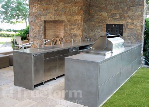 concrete countertop outdoor kitchen | This is a concrete cou ...