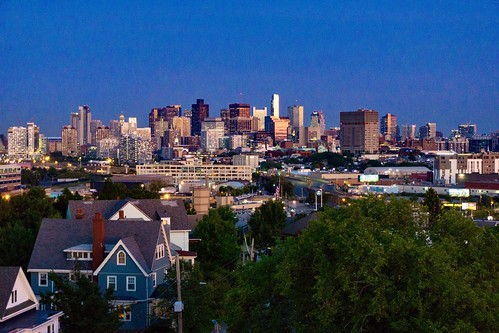 sunset boston newengland pw massachusetts somerville prospecthillpark prospecthill prospecthillmonument bostonskyline skyline dusk bluehour prospecthilltower
