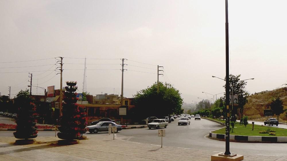 yazd-shiraz-L1030161