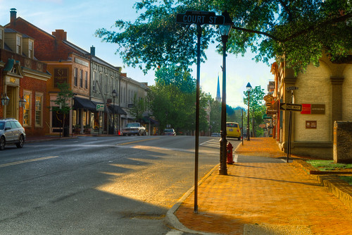 Old Town Warrenton VA on a sunny morning | by jmctee