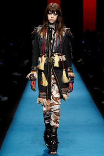 dsquared2_pasarela_465448579_683x | by bcncontentfactory