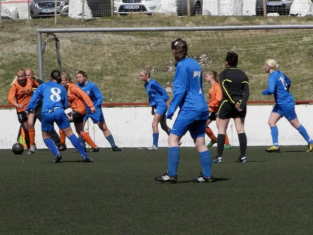 1. deild kvinnur FC Suðuroy móti Skála 1-4, 28. mai 2012