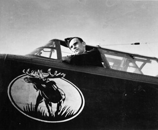 W/C D.C. Hagerman, Commanding Officer of No. 419 Squadron, RCAF, in the cockpit of an Avro Lancaster B.X aircraft, England, 1944 / Le lcol D.C. Hagerman, commandant du 419e Escadron de l'ARC, dans le cockpit d'un Avro Lancaster B.X, Angleterre, 1944