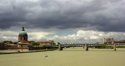 Bridge over the Garonne River | by Nickhaywrd