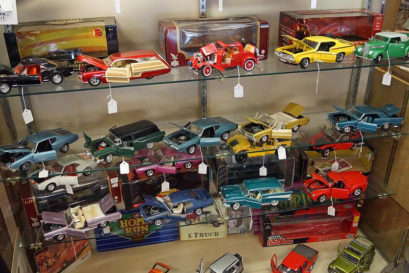 Treasures 214 West Meeker Street Kent, WA