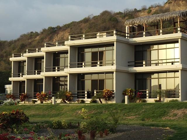 exterior middle unit