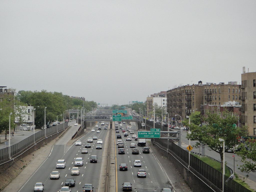 The Cross Bronx Expressway, looking east from the Parkches