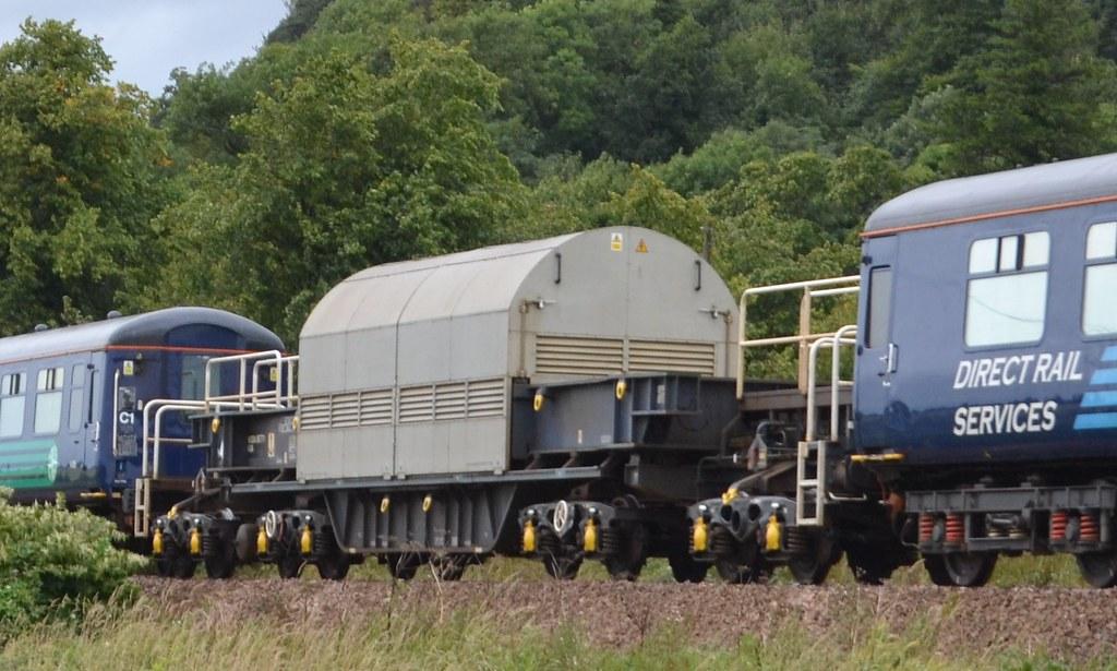 KUA MODA95771 in consist of 6Z55 12:42 Longannet Power Station - Carlisle Kingmoor Siding; Broom Farm Road, Causewayhead, Stirling; 09-09-2016