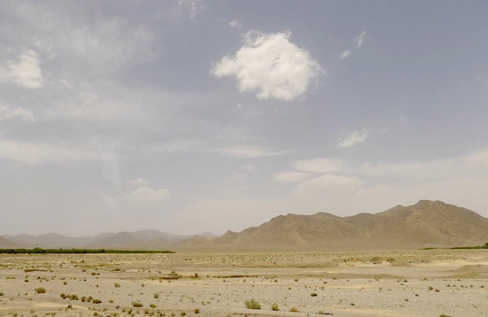 yazd-shiraz-L1030001