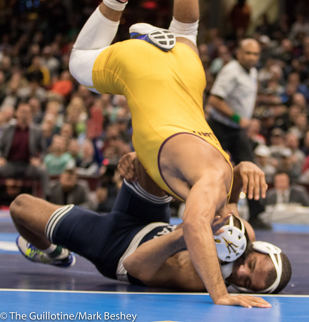 174 1st Place Match - Zahid Valencia (Arizona State) 32-0 won by decision over Mark Hall (Penn State) 32-1 (Dec 8-2) - 180317emk0016