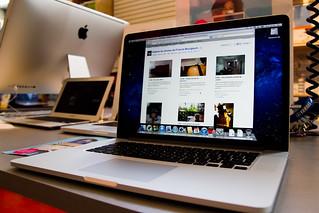 21/365 - MacBook Pro Retina !   by Francis Bourgouin