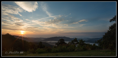 blueridgeparkway sunrise smokeymountains