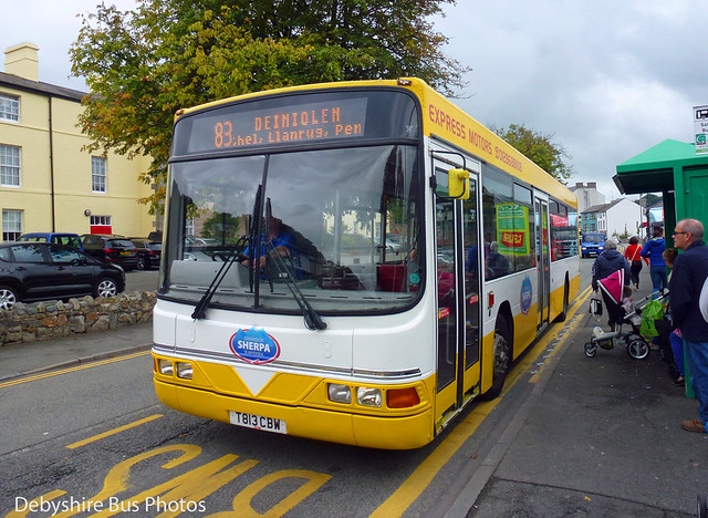 Express Motors T813 CBW Caernarvon Caernarfon