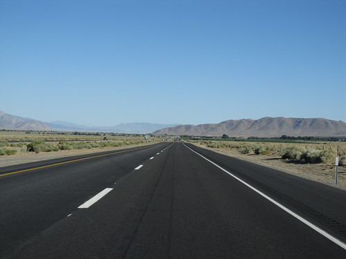 U.S. 395 Between Independence and Lone Pine, California ...