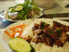 日, 2012-07-01 13:07 - Com Ga Nuong(鶏のグリルご飯)