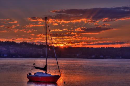 sailboat sunrise quadraisland billanderson discoverypassage canon40d