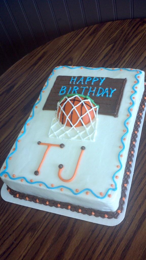 Peachy Birthday Cake Basketball Design Star Cakes In Springfiel Flickr Funny Birthday Cards Online Unhofree Goldxyz