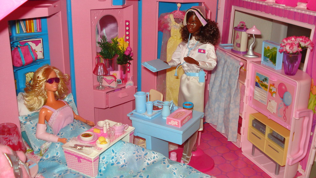 Barbie Loving Care Playset This Is The Home And Office Pla Flickr