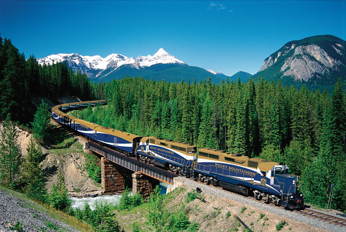 Rocky Mountaineer | by Traveloscopy