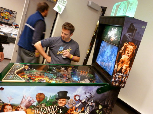 2012 NW Pinball and Arcade Show Day 2 16