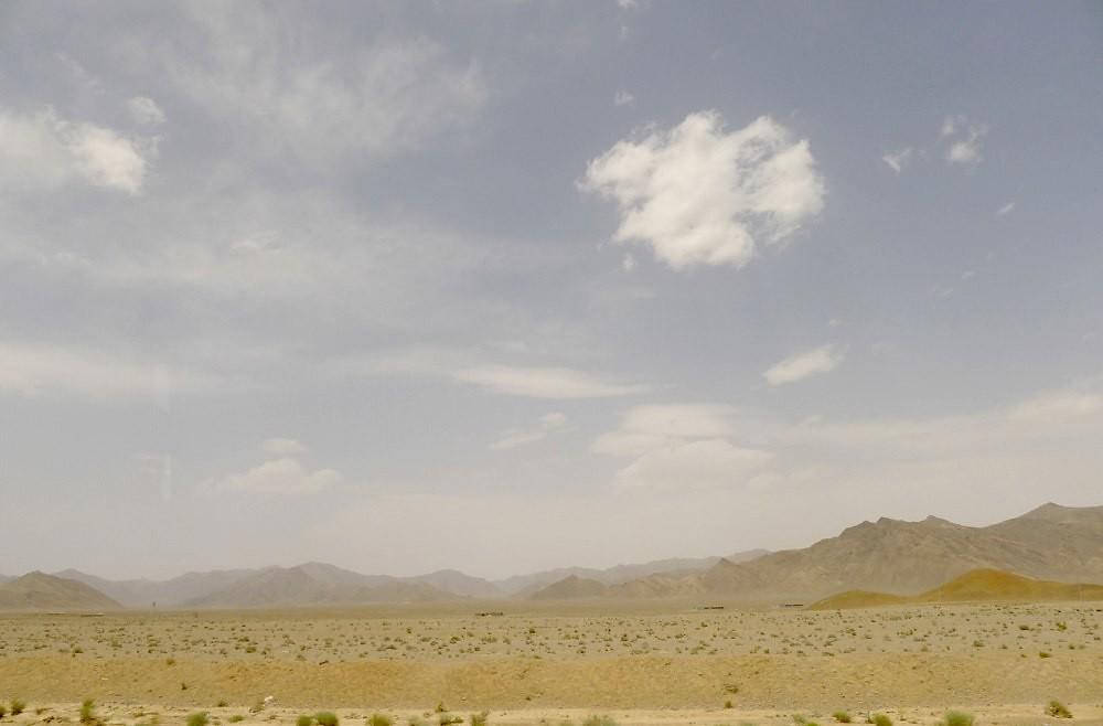 yazd-shiraz-L1030004