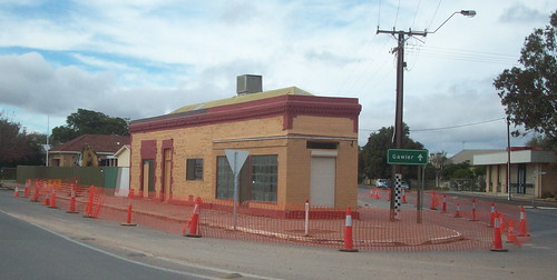 Building at 2 Wasleys Road about to be demolished 2009 | by mallala museum