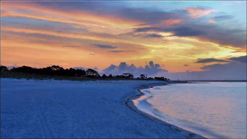 clouds sunrise sand florida panamacitybeach standrewsstatepark standrewsbay floridastateparks nikond3100 nikkor3580aflens