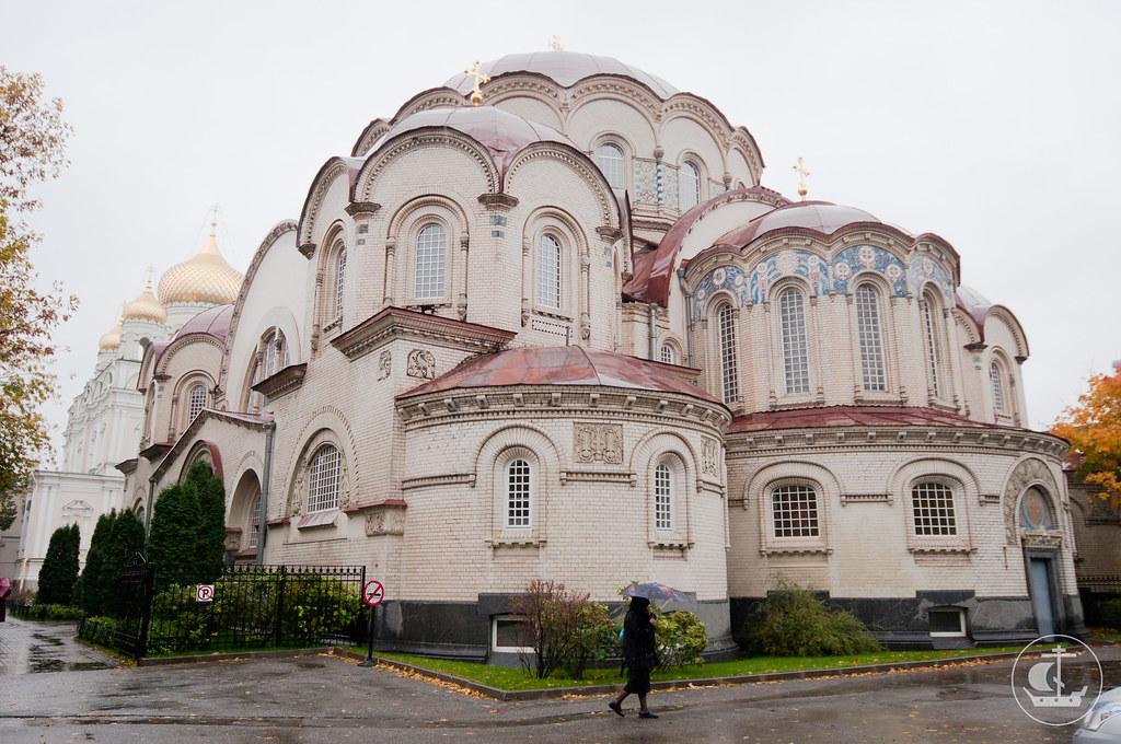 30 сентября 2012, Литургия в Воскресенском Новодевичьем женском монастыре