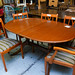 Light mahogany stained oval extendable table with 6 chairs now E175!!