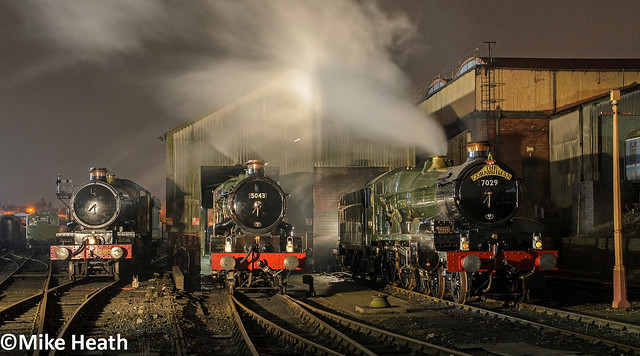 Castles on shed at night - Tyseley - 13 April 2018  (4)