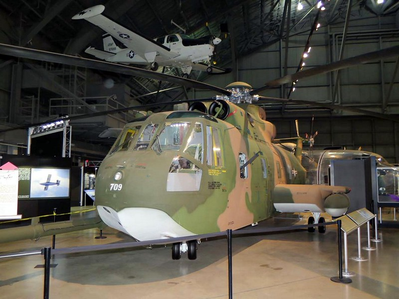 Sikorsky HH-3E Jolly Green Giant 1