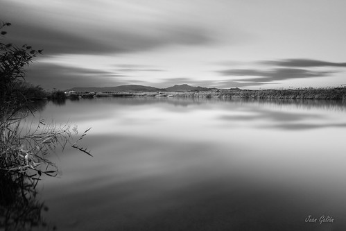 longexposure largaexposición landscape largaexposicióndiurna laguna water bw blackandwhite murcia monochrome canon60d tokina