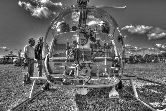 Bell Helicopter-Cockpit