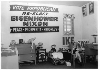 Pomona women's dorm room in 1956