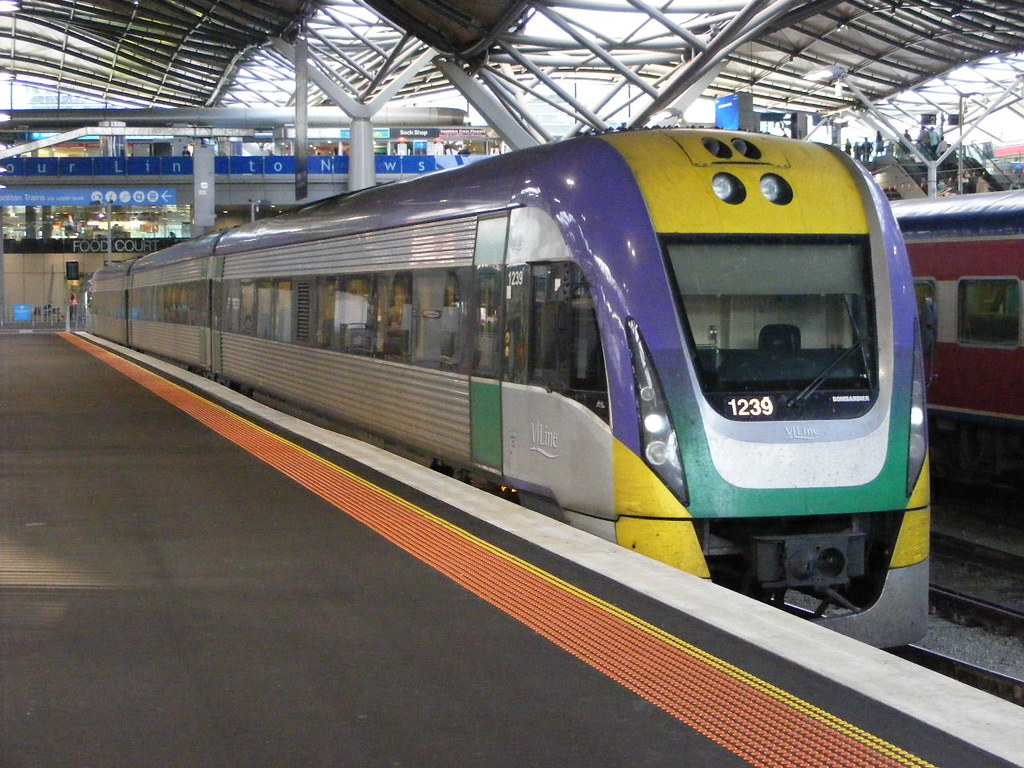 V Line 1239 Southern Cross 03.03.10 by Andy Cole