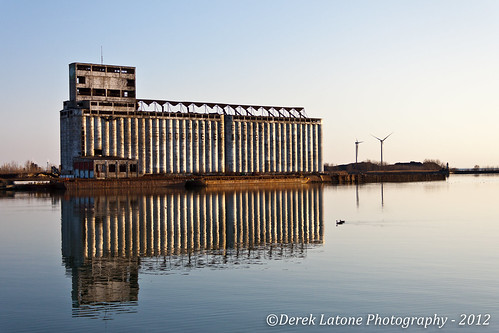urban lake ny reflection water windmill port canon river harbor buffalo lakeerie urbandecay peaceful niagara buffalony erie outer grainelevator windturbine buffalonewyork t1i