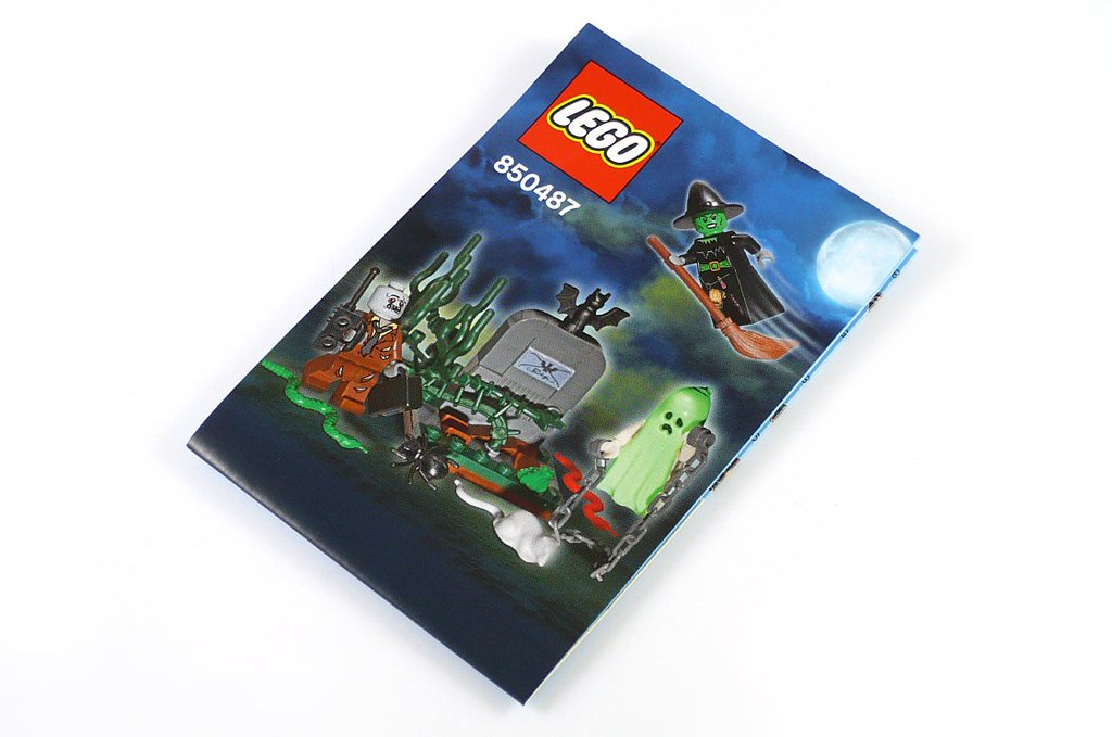 ins01 | LEGO Monster Fighters 850487 Halloween Accessory ...
