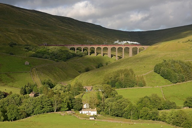 Sun and shade in Dentdale