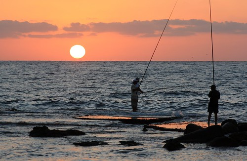 sunset sea lebanon sun fishermen tyre liban mediteraneansea southlebanon
