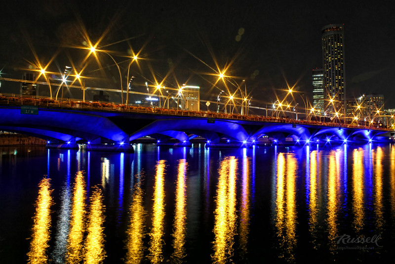 Singapore Night Shot: Esplanade Bridge