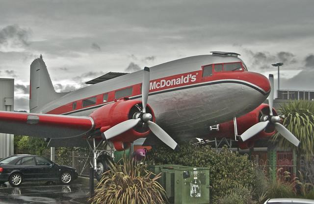 McDonald's Douglas DC-3C-S1C3G; ZK-CAW@ Taupo;25.07.2012/663aq