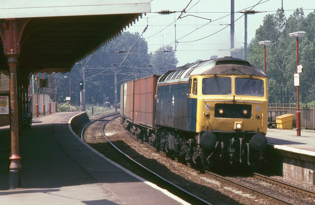 BR Class 47 47009 with down Freightliner, Manningtree, 24th. May 1989 by Crewcastrian