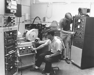 Students using the electron microscope in Seaver South in 1966