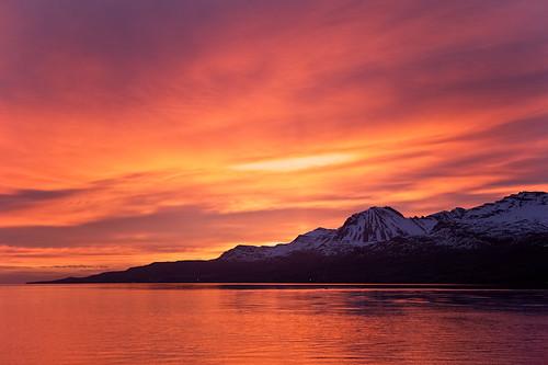 sky mountains reflection clouds sunrise iceland ísland ský himinn speglun fjöll sandfell sólarupprás fáskrúðsfjörður faskrudsfjordur jónínaguðrúnóskarsdóttir