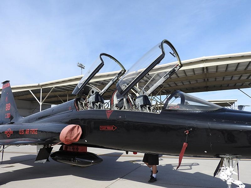 Northrop T-38A Talon black 1