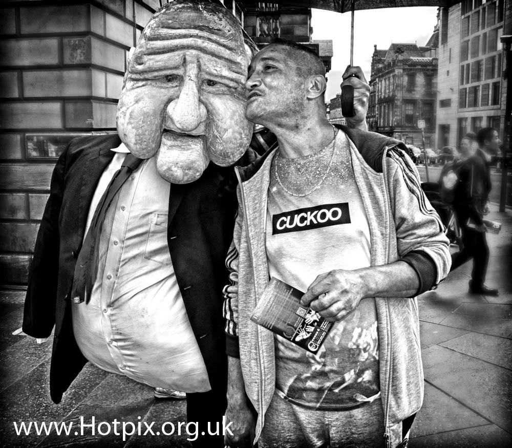 fringe,Edinburgh,2012,2012fringe,fringe2012,city,Scotland,festival,festival2012,b/w,black,white,mono,busker,street,shot,tonysmith,hotpix,UK,French,paris,parisian,puppet,large,big,head,polystyrene,cuckoo,t-shirt,travel,tourist,scots,scottish,HDR,mono HDR,bandw,extreme,scotia,ecosse,tattoo,august,scenes,capital