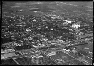 Aerial view of Pomona College and Claremont in 1932
