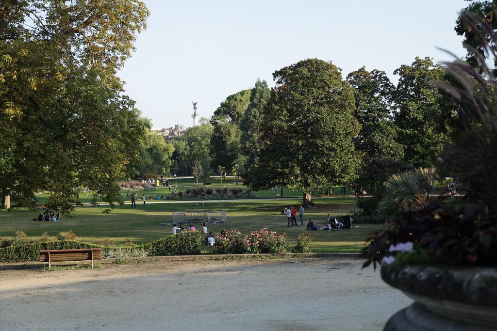 Jardin Public - Bordeaux https://www.twin-loc.fr ...
