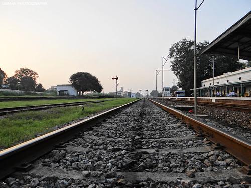 pakistan railway jhelum sunrise exposure beauty scenic peace green affectionate love