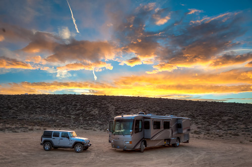 california camping mono jeep highdesert rv sierranevada motorhome hdr centralcalifornia wrangler inyonationalforest recreationalvehicle boondocking wranglerunlimited drycamping dispersedcamping travelsupreme dieselpusher wranglerunlimitedsport travelsupremeselect